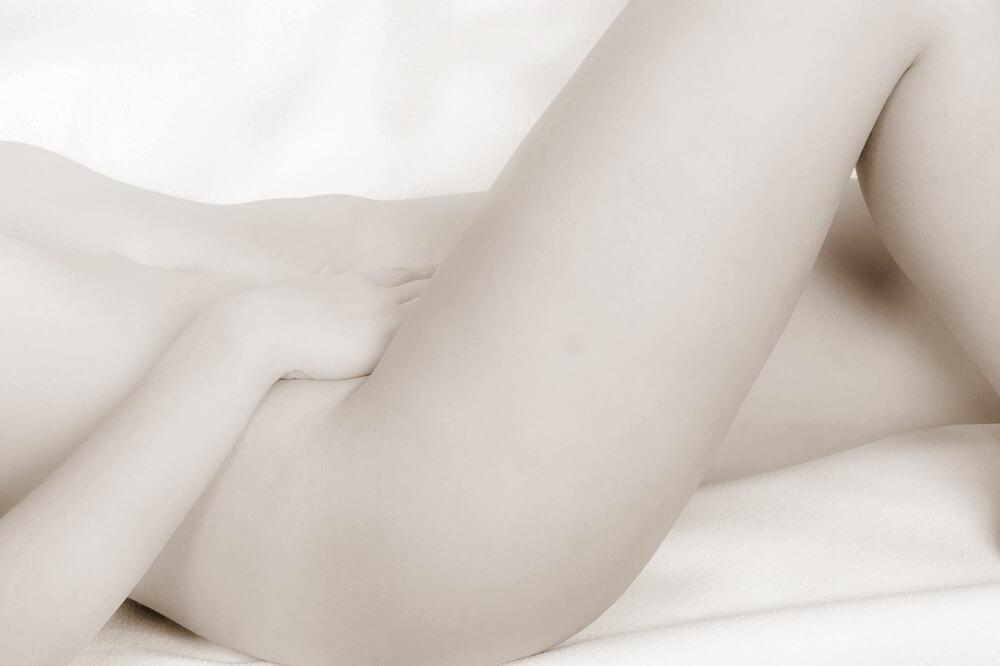 いざ挿入!膣とクリトリスの刺激は…?